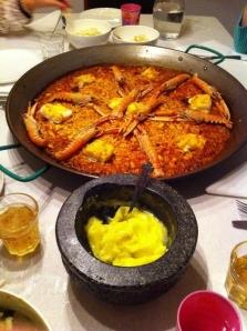 paella de marisco con all i oli